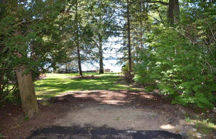 lot for sale on Gull Lake