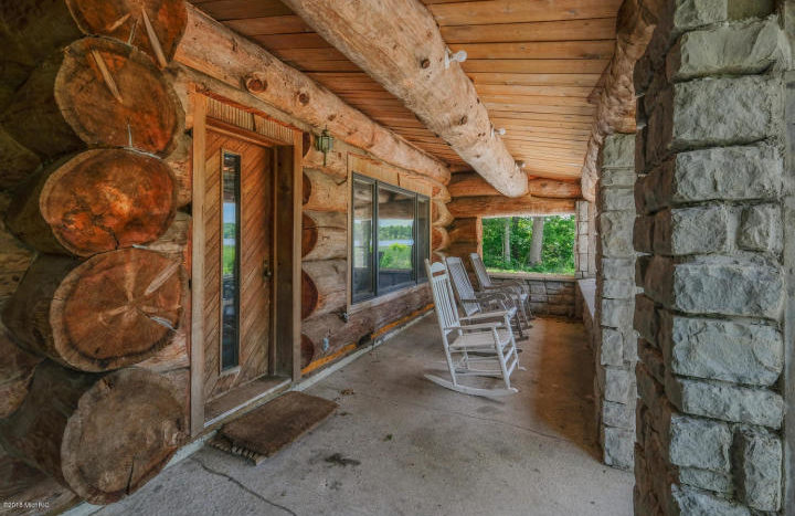 lakefront log home in Marshall MI